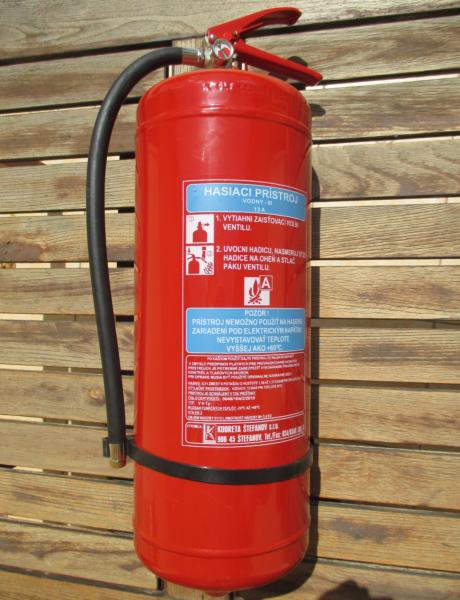 Vodný hasiaci prístroj